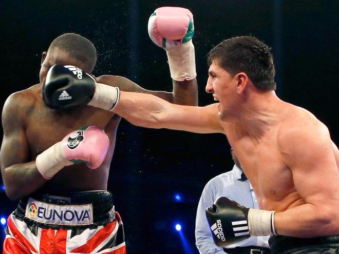 Обзор главных боксёрских поединков уик-энда