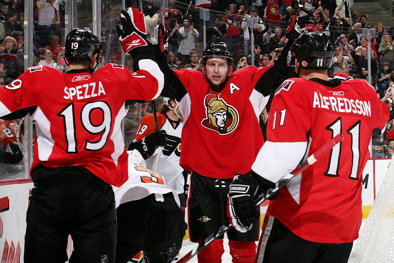 Лучшая тройка в истории «Оттавы», ей восхищались в НХЛ. Как играла Pizza Line