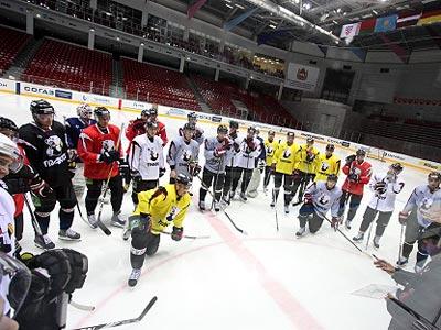 Хоккеисты «Трактора» провели первую ледовую тренировку