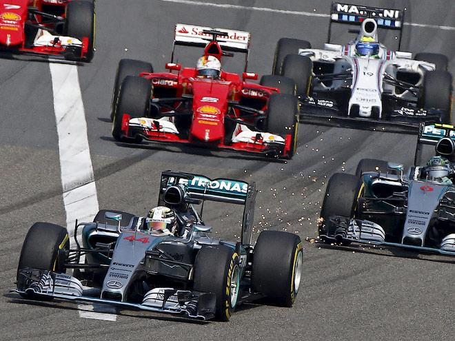 Льюис Хэмилтон выиграл Гран-при Китая Формулы-1