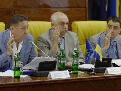 ФФУ официально вернул в УПЛ «Говерлу» и «Металлург