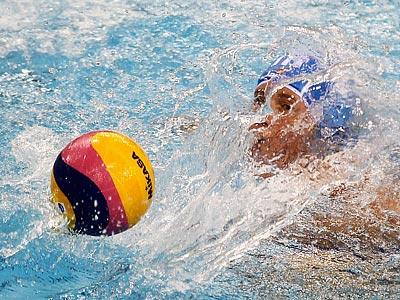 Женская сборная России по водному поло в Киришах уступила Нидерландам