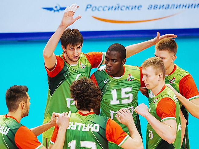 Игроки ВК «Локомотив» Новосибирск