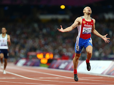 Пловцы и легкоатлеты бьют рекорды в Лондоне