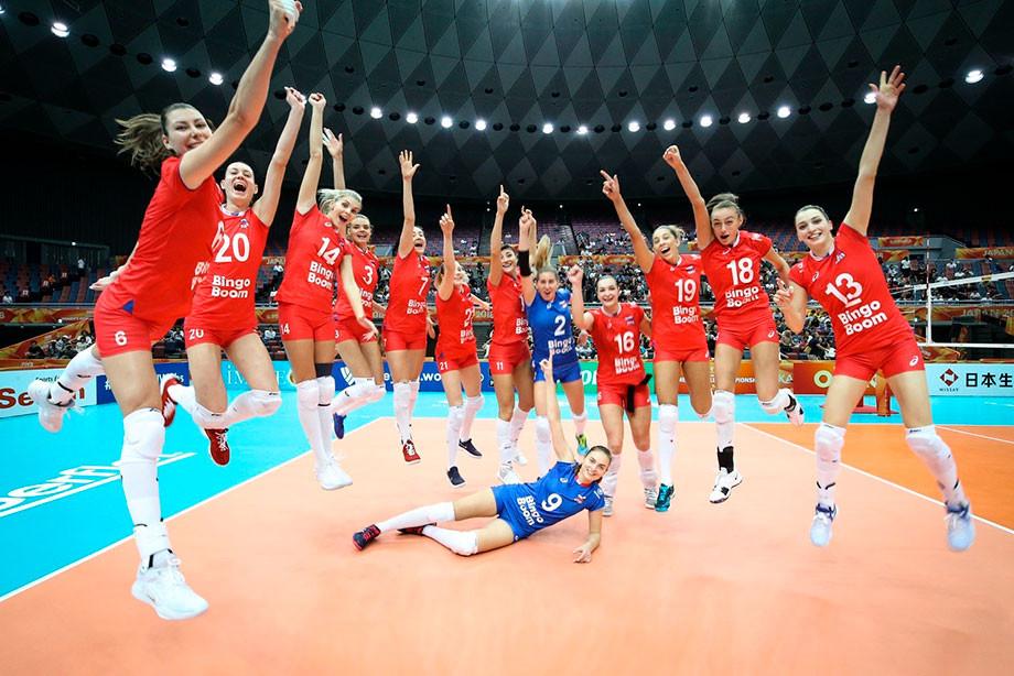 «Так играть нельзя!». Россия провела ужасный матч с Болгарией. Но победила