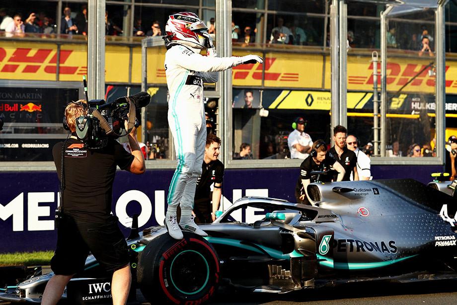 У «Феррари» не было шансов. Хэмилтон выиграл поул Гран-при Австралии
