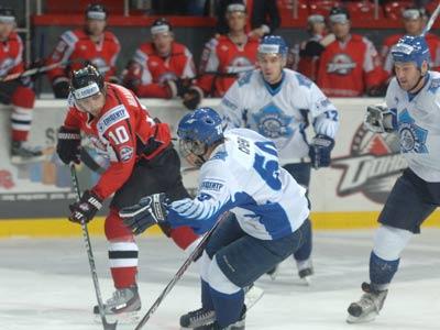 В первом матче финала чемпионата ПХЛ «Сокол» проиграл «Донбассу-2»