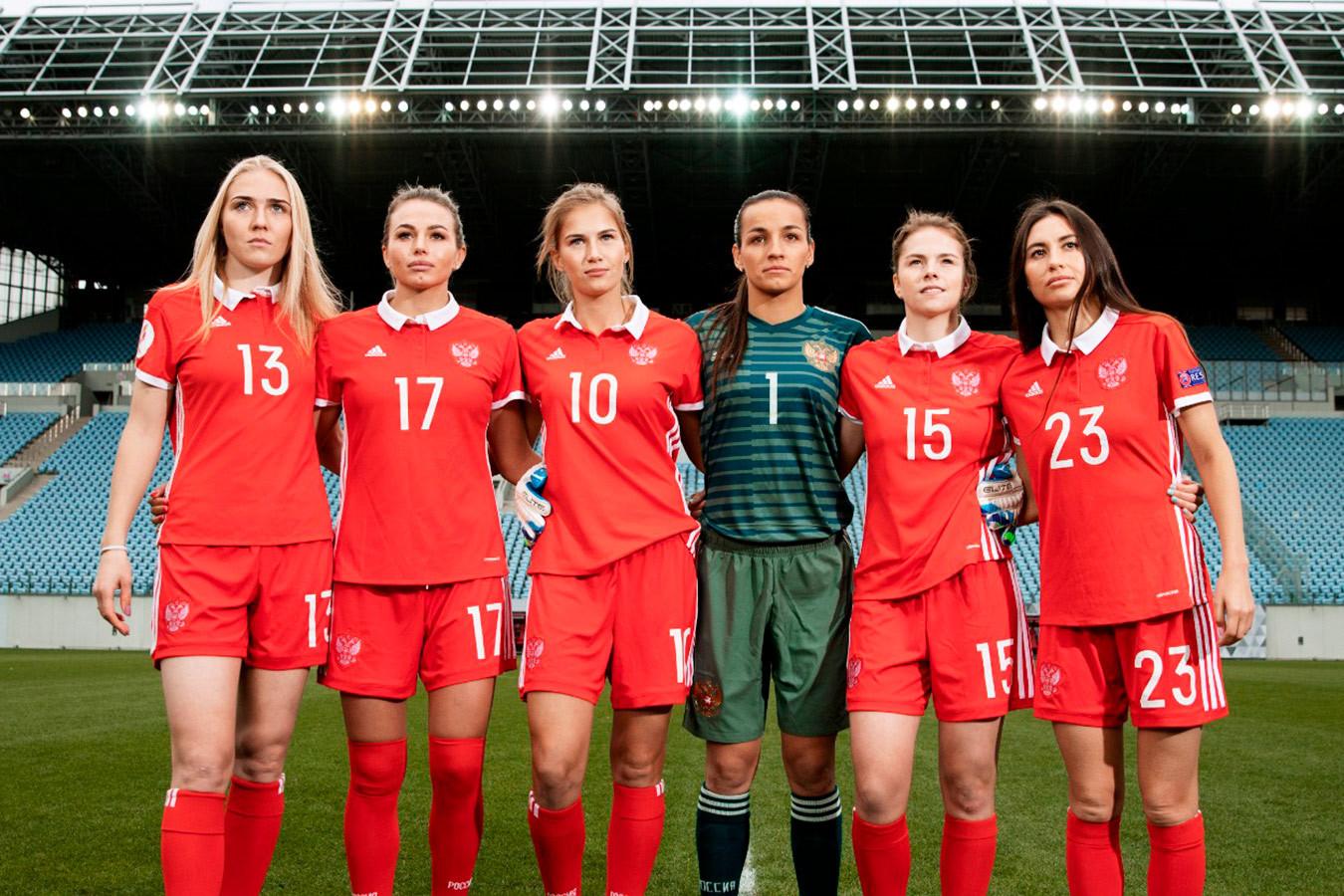 Женская футбольная клуб москва молодежные клубы православные москва
