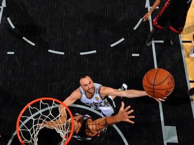 """""""Спёрс"""" выиграли пятый матч финала НБА"""