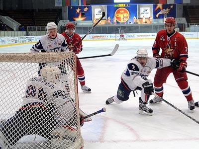 Девять матчей регулярного чемпионата ВХЛ
