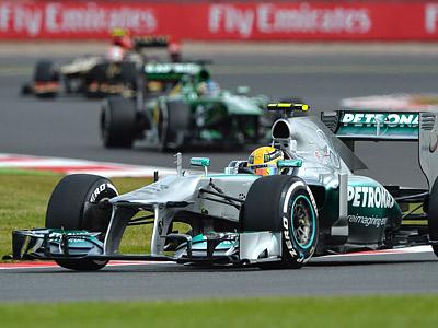 Хэмилтон завоевал поул на Гран-при Великобритании