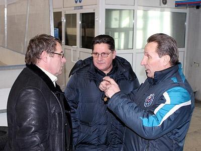 Братья Макаровы редко собираются вместе. А тут собрались для интервью