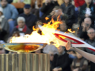 Самые необычные места пребывания олимпийского огня