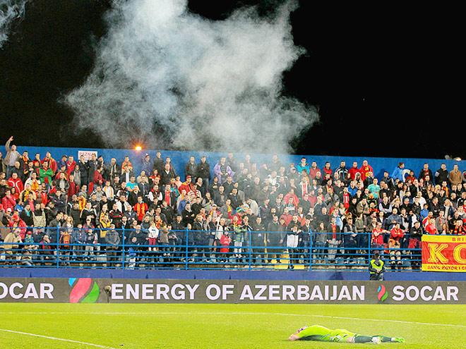 Судья остановил матч Черногория — Россия
