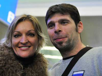 Роман Яковлев с супругой