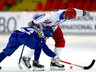 Скандал на чемпионате мира по хоккею с мячом