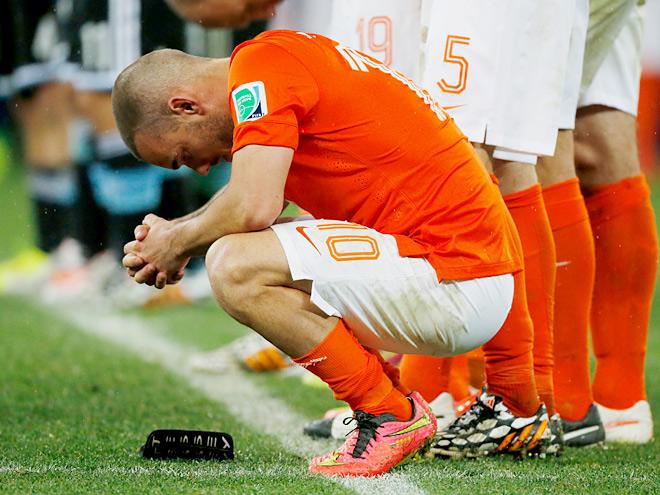 Как кризис захватил футбол Нидерландов