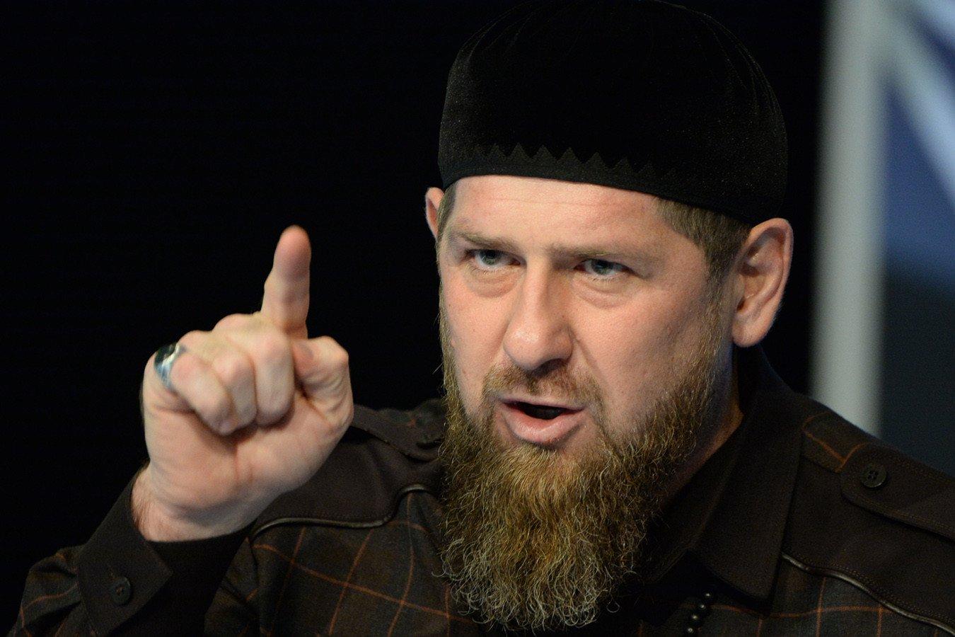 Рамзан Кадыров выбрал сильнейшего между Нурмагомедовым и Чимаевым