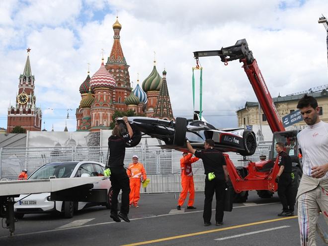 Формула-Е. Москва. Онлайн гоночного дня