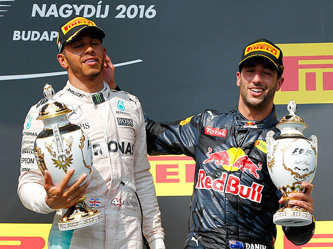 Гран-при Венгрии Формулы-1: «Мерседес» быстрее «Ред Булл» и «Феррари»