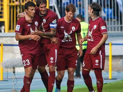 """Премьер-Лига. """"Рубин"""" празднует гол Ерёменко"""