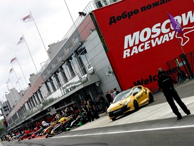 Первый день WSR на Moscow Raceway: пилоты не верят, что они в Москве