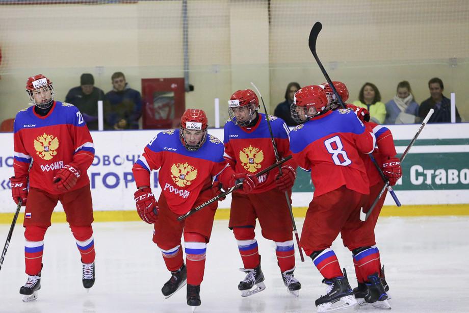 Сборная России (U17) по хоккею