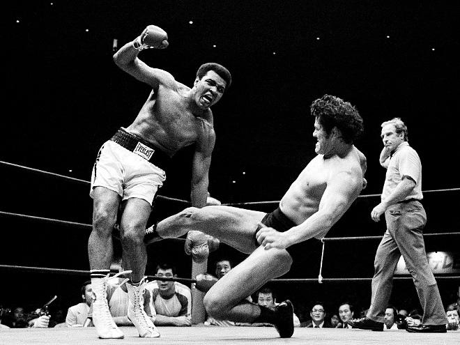 Как Антонио Иноки избивал Мохаммеда Али