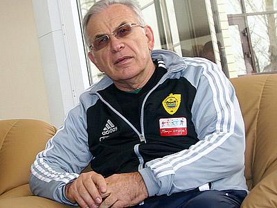 Гаджиев: поездка в Лондон поможет сплотить команду