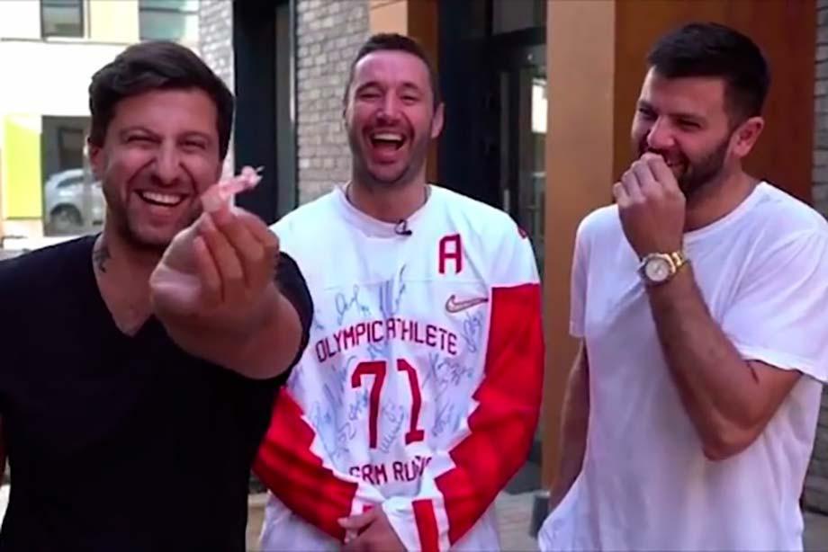 Радулов продаёт вставные зубы за 3 млн рублей. Это реально очень смешно