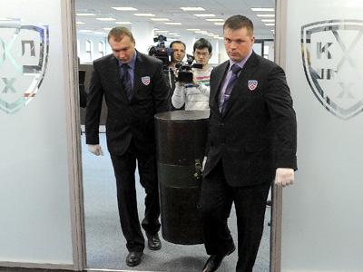 Кубок Гагарина отправился в ежегодное путешествие