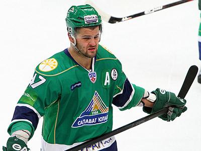 Александр Радулов не ответил на вопрос о его отъезде в НХЛ