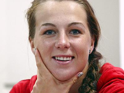 Павлюченкова: хочу подняться в рейтинге повыше