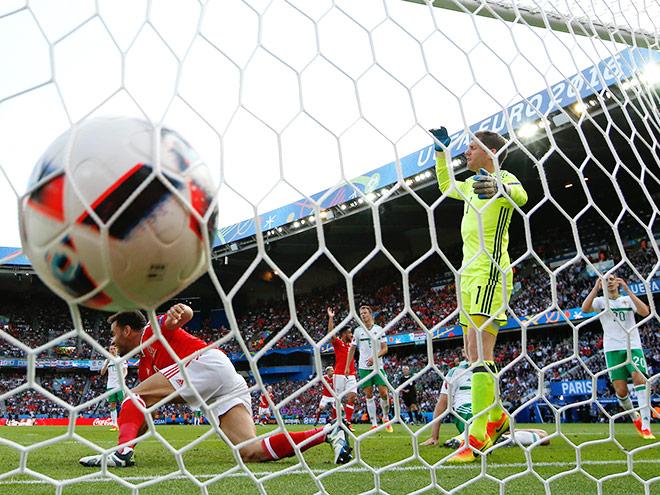 Евро-2016. Уэльс - Северная Ирландия - 1:0. 25.06.2016. Обзор матча, голы