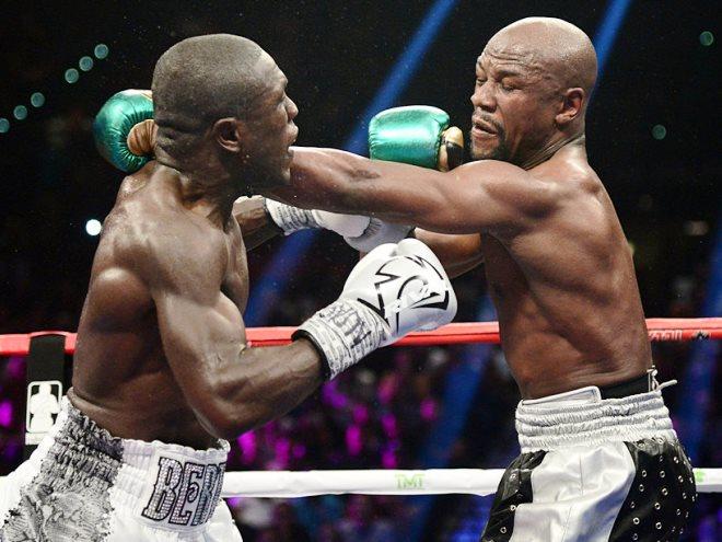 Обзор главных боксёрских боёв недели