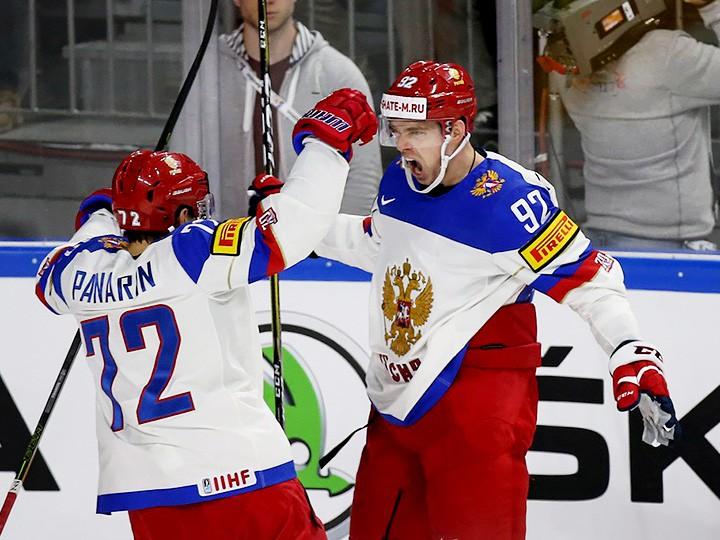 ФХР поздравила нападающего сборной Российской Федерации похоккею Кузнецова с25-летием
