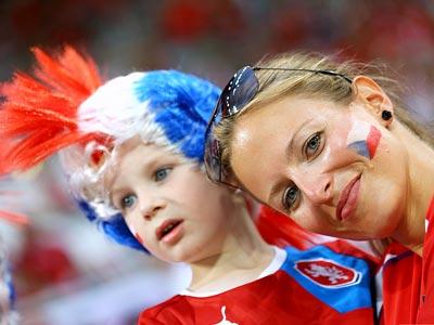Поляки расстроены неудачей своей сборной и утешаются фиаско России