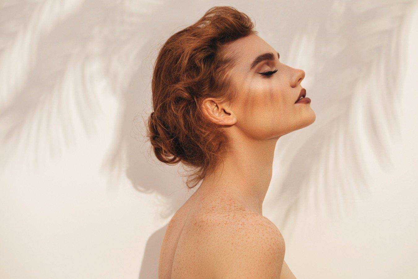 Стоит ли наносить макияж на тренировку