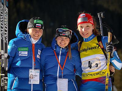В эстафетах наши биатлонисты выиграли три медали