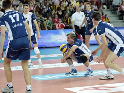 Сборная Польши победила «Скру» в матче ЮНИСЕФ