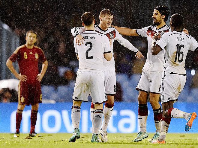 Германия обыграла Испанию