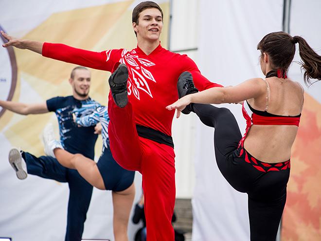 В Москве закрыт летний сезон танцев