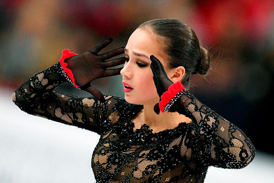 Кто распускает слухи, что Алина Загитова может пропустить сезон