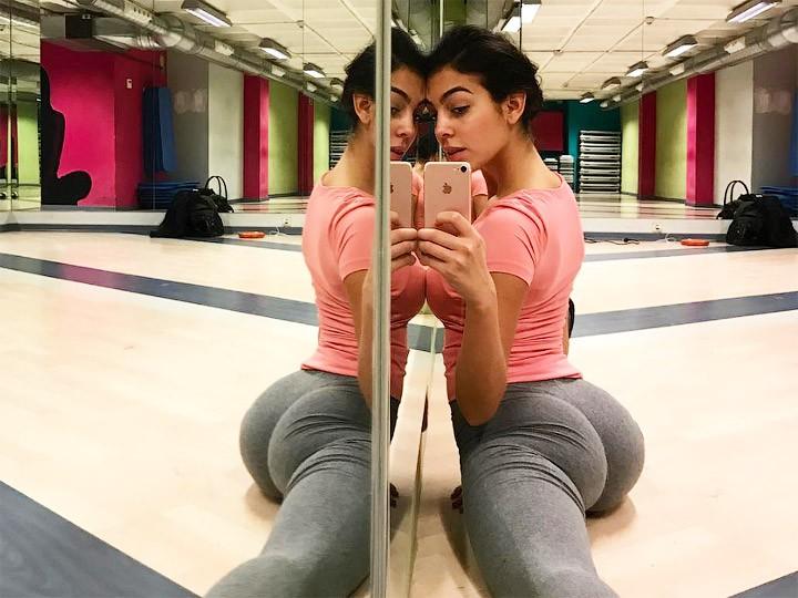 Большая русская девушка с юнцом онлайн