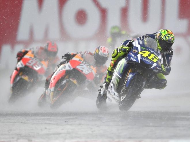 Обзор уик-энда: Формула V8 3.5, MotoGP, IndyCar