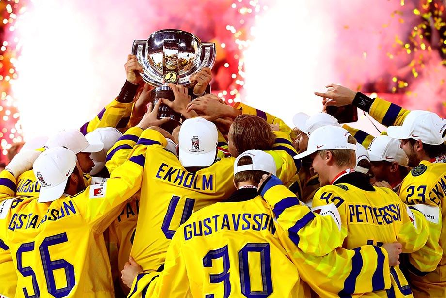 Швеция по буллитам победила Швейцарию в финале ЧМ по хоккею (Видео)