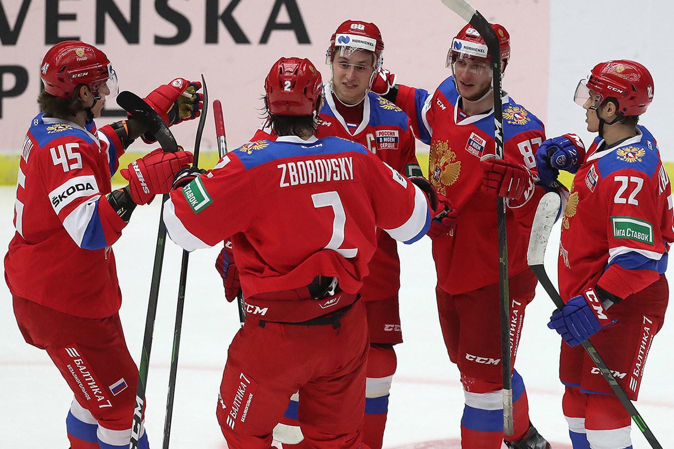 Сборная России в серии буллитов обыграла Швецию, одержав восьмую победу на Евротуре подряд