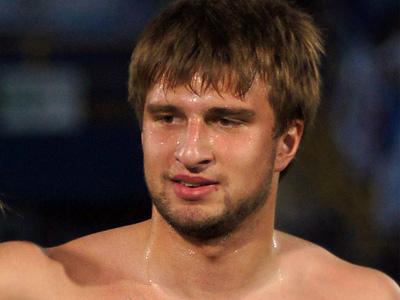 Арендованный у «Зенита» защитник Игорь Чеминава дебютировал в «Сибири»