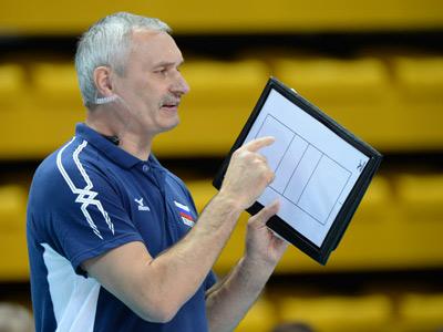Главный тренер женской сборной Юрий Маричев