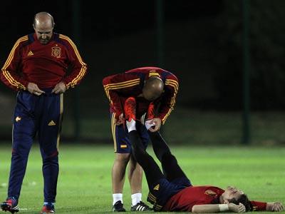 Испанцы ждут пенальти